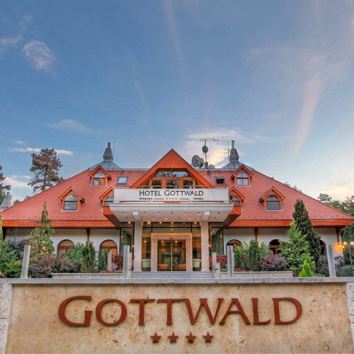 Hotel Gottwald Tata