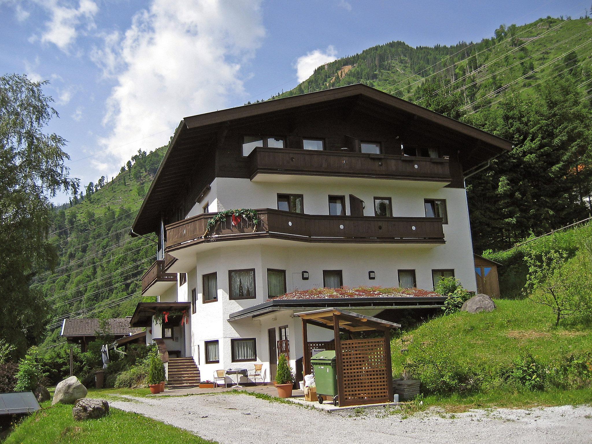 Apartment haus ental kaprun for Apartment haus
