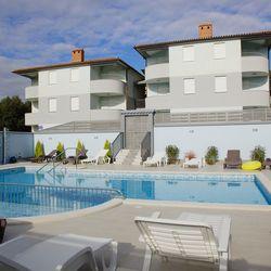 Apartments Near the Beach Barbariga