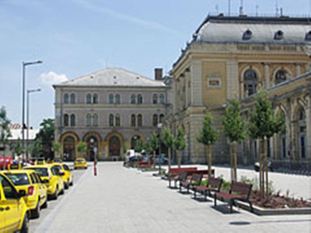 Hungarian Natural History Museum Price