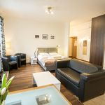 Royal Route Residence - M28