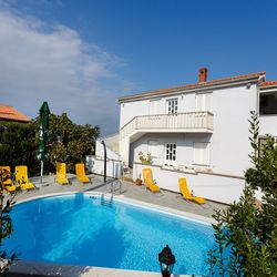 Apartments with pool Jozefina Vrh
