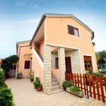 Holiday Apartment With 2 Bedrooms Fažana