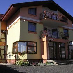 Villa Menhardi Nová Lesná