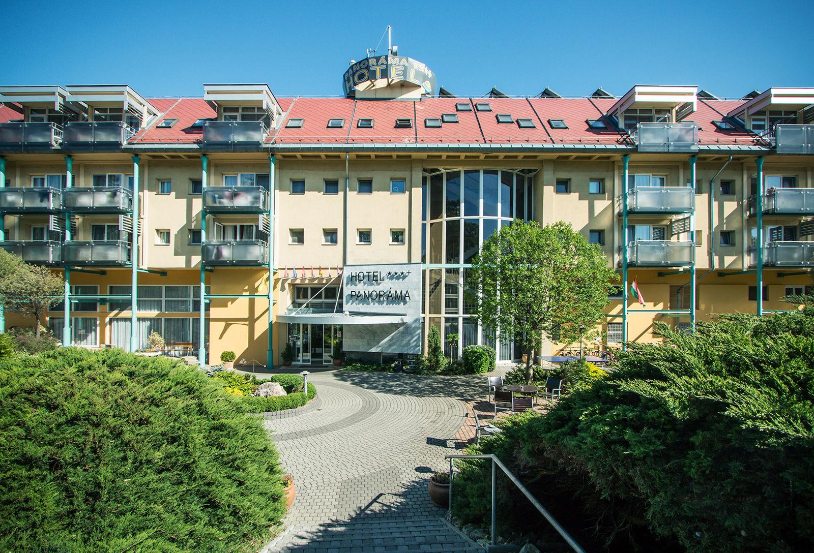 Hotel panor ma balatongy r k for Hotel panorama hotel