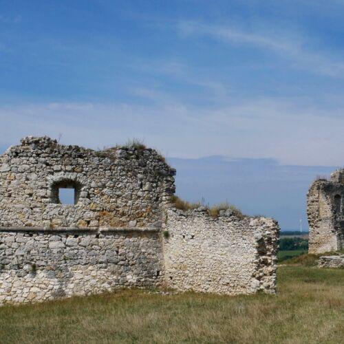 Szarvaskő várának romja | Döbrönte