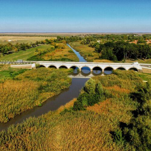 Kilenclyukú híd   Hortobágy