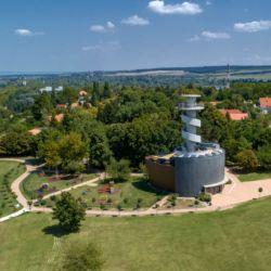 Hajózástörténeti Látogatóközpont és Kilátó | Balatonföldvár