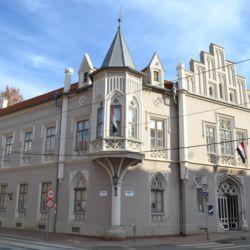Fekete Ház | Szeged