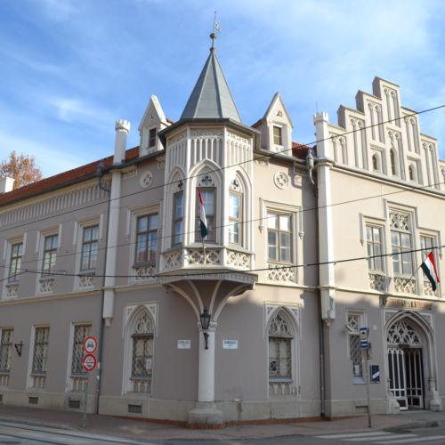 Fekete Ház   Szeged