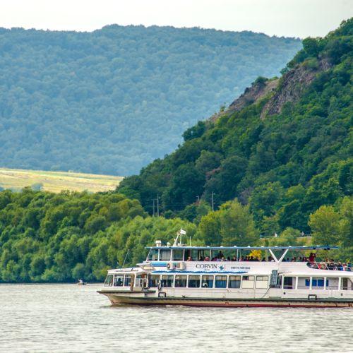 Sétahajózás Visegrádon - MAHART PassNave Kft. | Visegrád