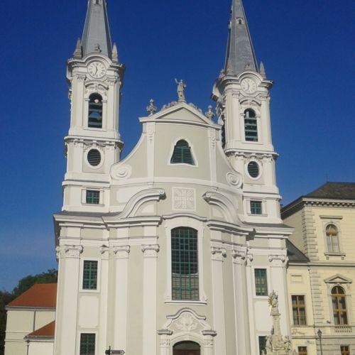 Loyolai Szent Ignác Plébániatemplom | Esztergom