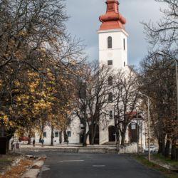 Sarlós Boldogasszony Ferences Kegytemplom | Sümeg