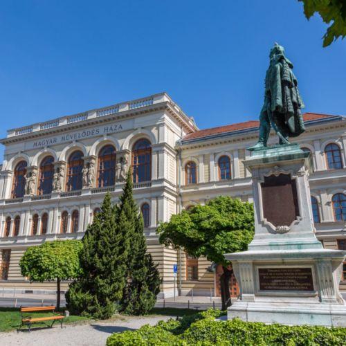 Liszt Ferenc Kulturális Központ   Sopron