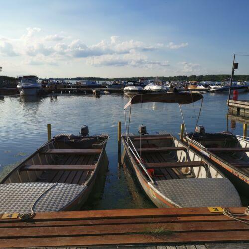 Abádi Kikötő | Abádszalók