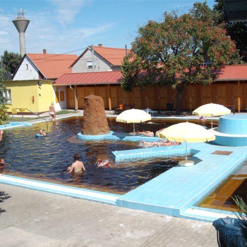 Kabai Városi Gyógyfürdő | Kaba