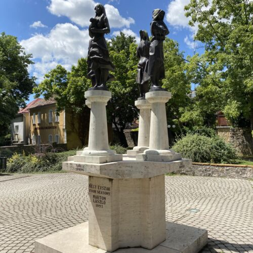 Négy Évszak szobor | Tapolca
