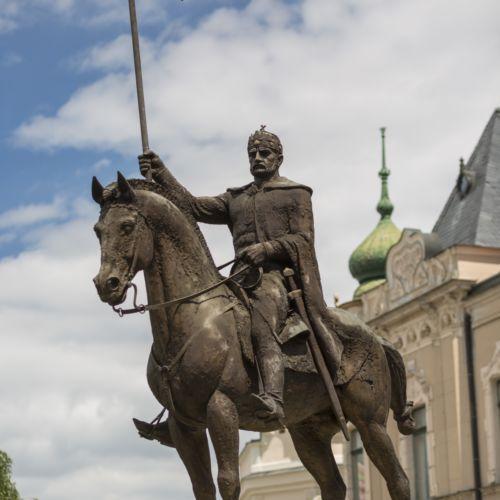 Szent István király lovasszobor | Révkomárom