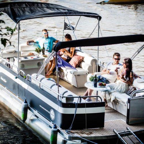 Pontoon Boat Élményhajózás | Szeged