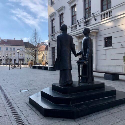 Jedlik Ányos és Czuczor Gergely szobra | Győr