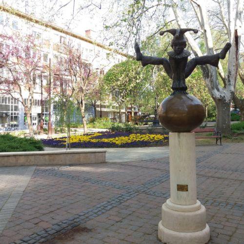 Tótágas szobor | Kaposvár