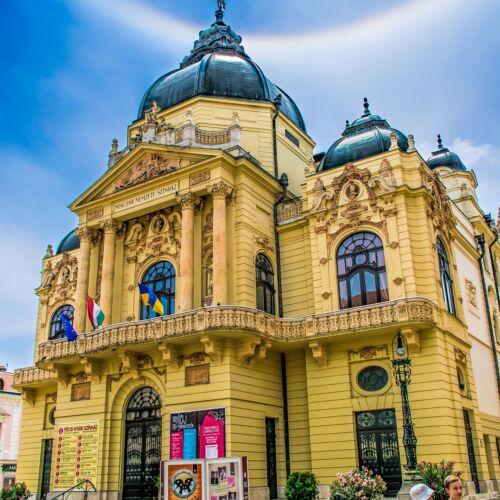 Pécsi Nemzeti Színház | Pécs