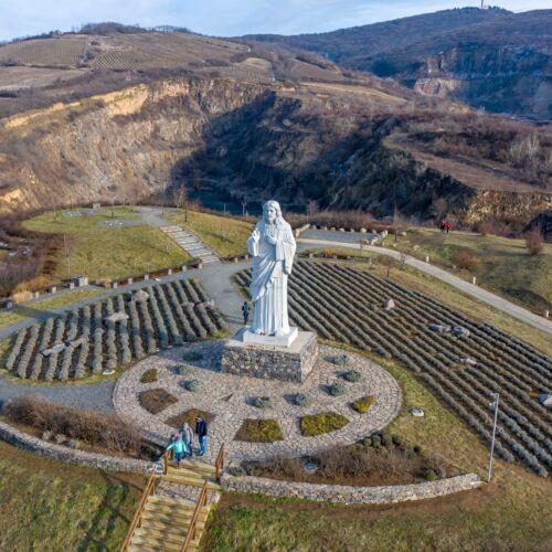 Áldó Krisztus szobor | Tarcal
