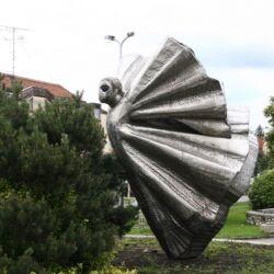 Metamorfózis-szobor | Tapolca