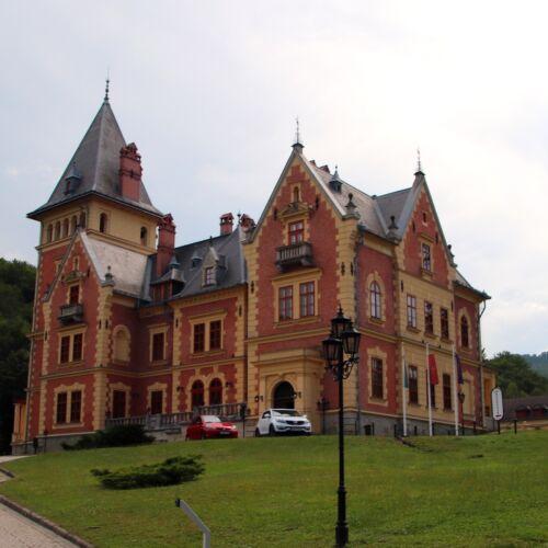 Károlyi Kastély | Parádsasvár