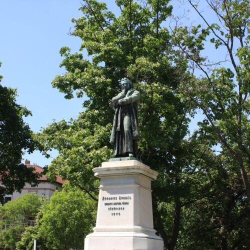 Dugonics András-emlékszobor   Szeged
