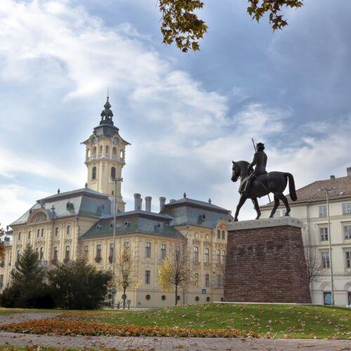 IV. Béla lovasszobra   Szeged
