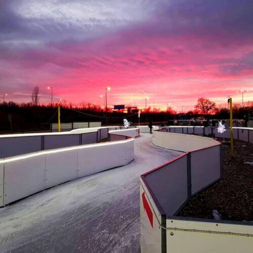 New Ice Jégpálya és Jéglabirintus   Budaörs