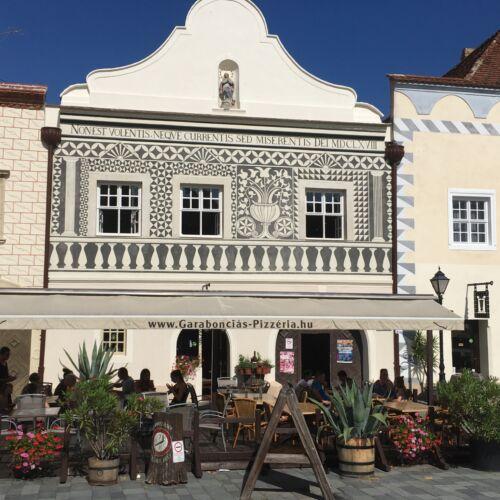 Sgraffitós-ház | Kőszeg