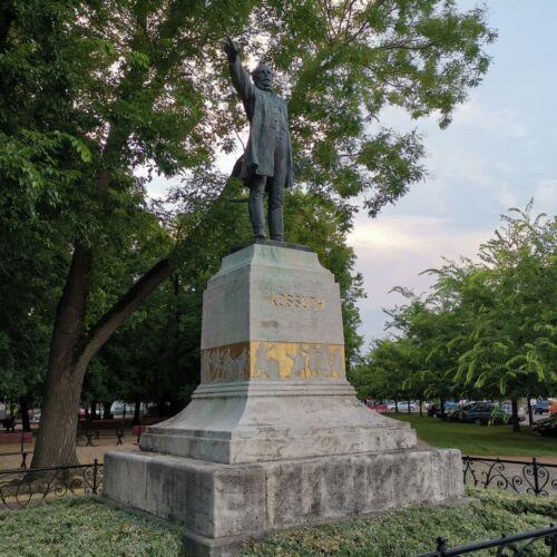 Kossuth Lajos szobor