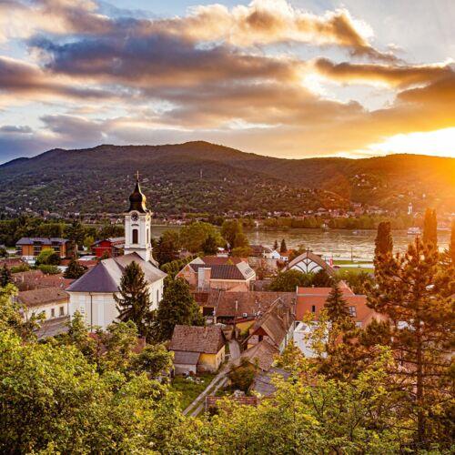 Visegrádi Keresztelő Szent János-templom   Visegrád