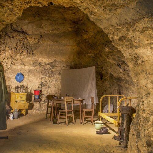 Tettyei Mésztufabarlang | Pécs