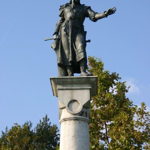 Árpád Vezér szobor   Ráckeve