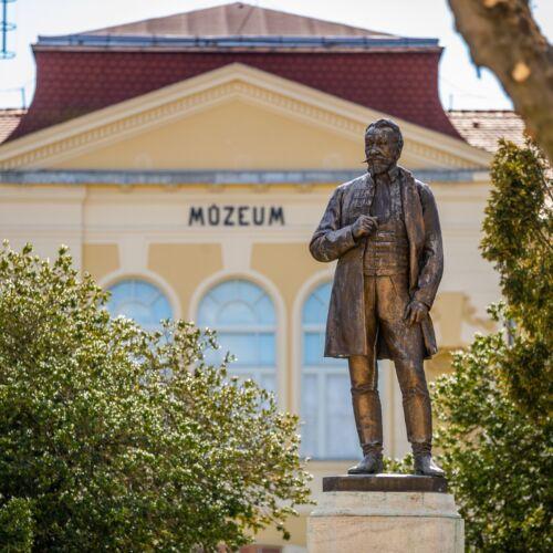 Horváth Boldizsár szobor | Szombathely