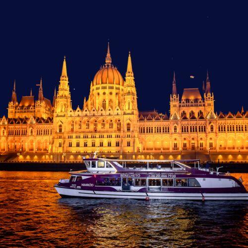 Városnéző hajózás 4-fogásos vacsorával és zongoraműsorral | Budapest