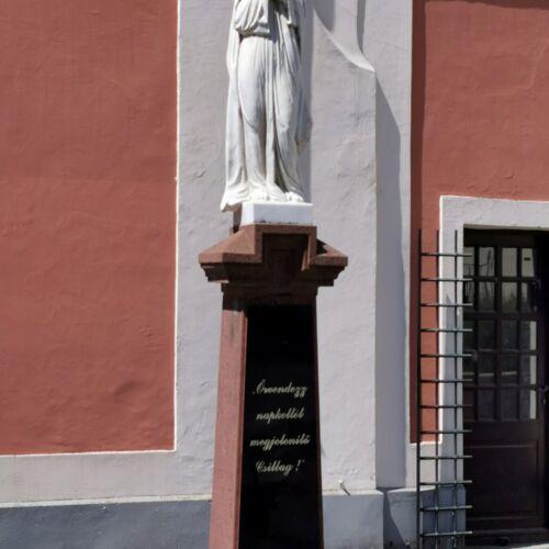 Mária-szobor   Balatonalmádi