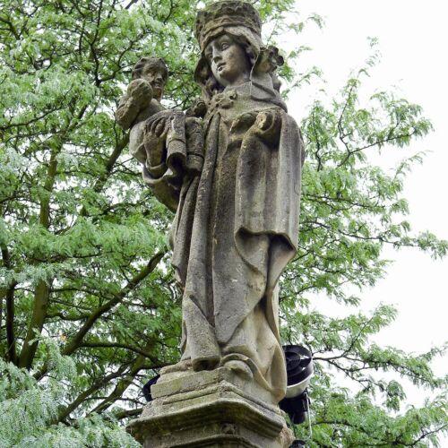 Kuckländer Madonna-szobor   Esztergom