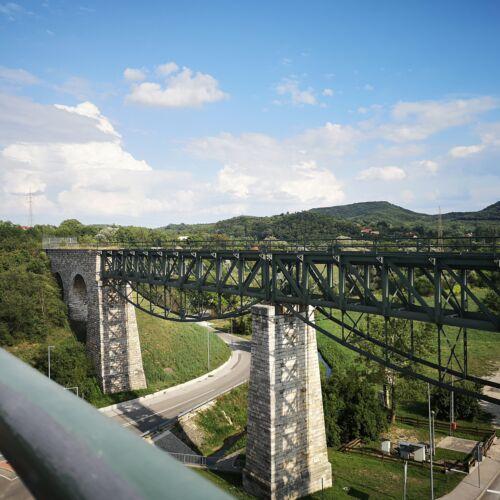 Biatorbágyi vasúti viadukt   Biatorbágy