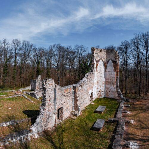 Szent Mihály-kolostor romjai | Nagyvázsony