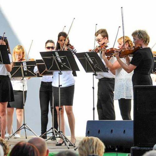 Dolce Hegedűegyüttes jubileumi koncertje a Siklósi Várban | Siklós