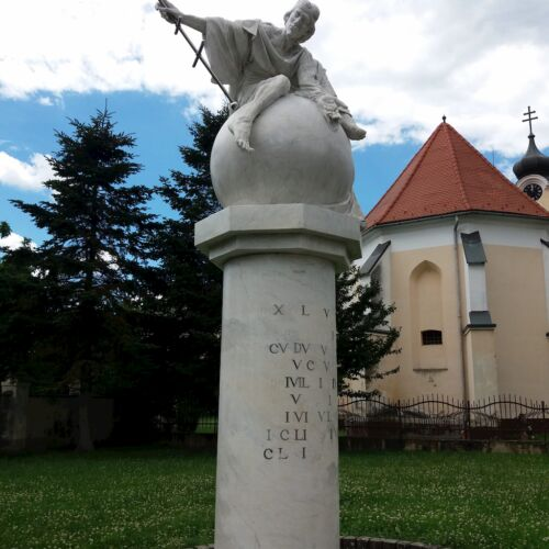 IV. Béla király szobra | Körmend