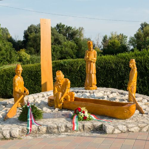 Balatoni halászok emlékműve | Vonyarcvashegy