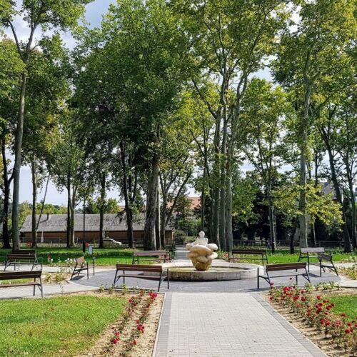 Csiky Gergely Színház parkja | Kaposvár