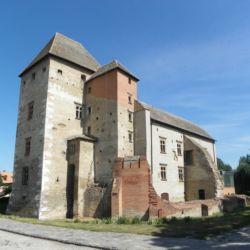 Simontornyai Vár és Vármúzeum   Simontornya