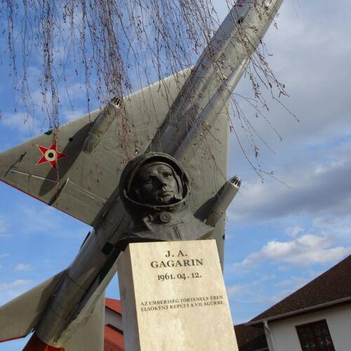 Jurij Gagarin szobra | Gyulaháza