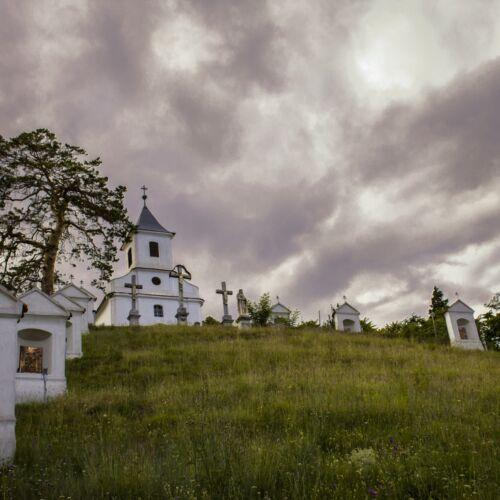 Hétfájdalmú Szent Szűz-kápolna | Mecseknádasd